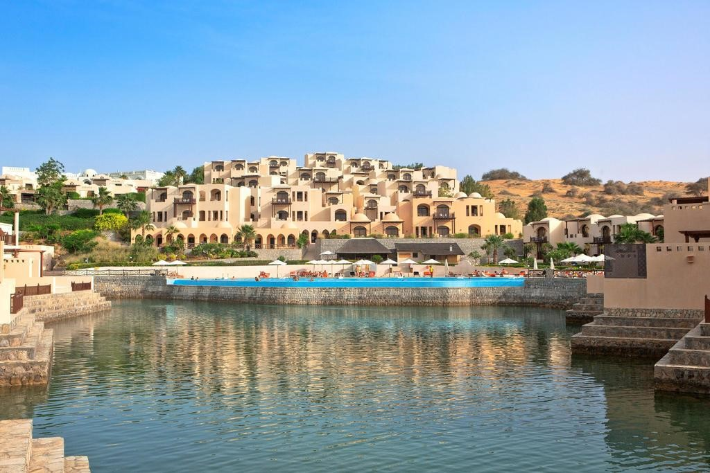 Staycation Offer in UAE Cove Rotana