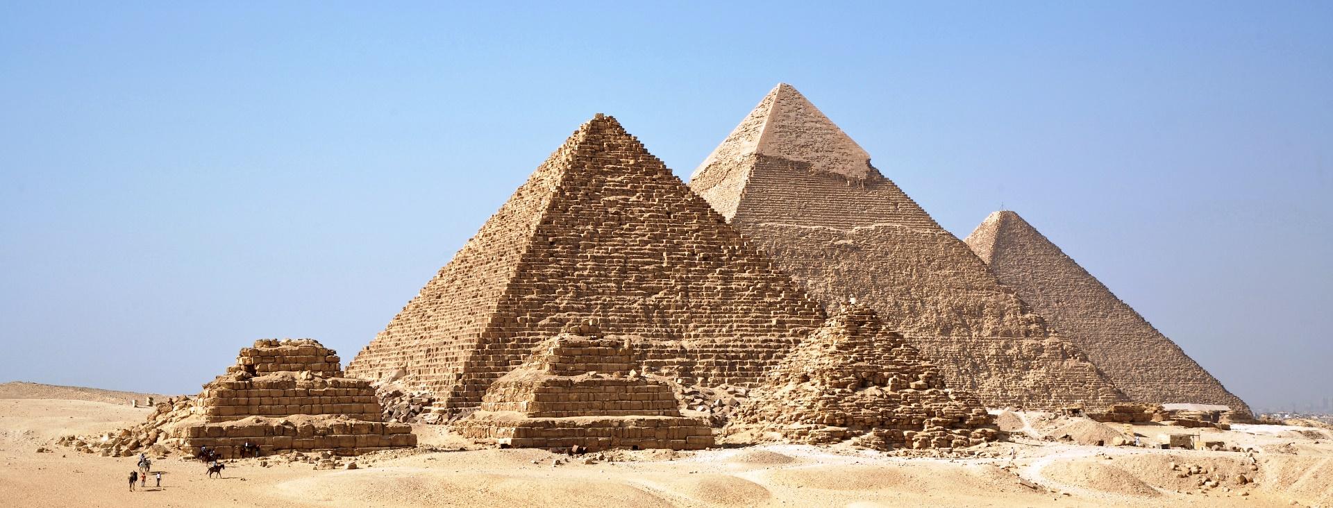 All_Gizah_Pyramids.jpg